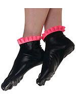Schwarze Latex Socken mit pinken Rüschen